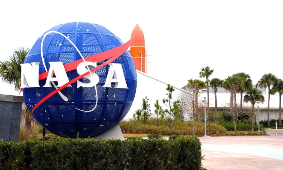 PHOTO: The NASA logo stands at the Kennedy Space Center in Cape Canaveral Air Force Station in Fla., on Jan. 21, 2015.