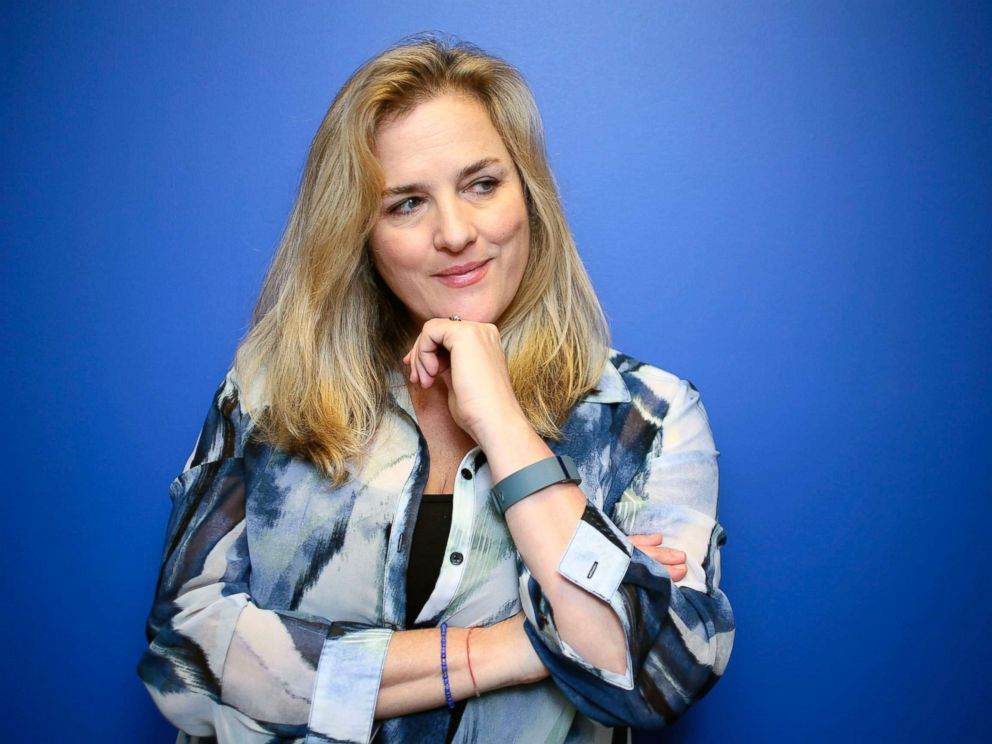 PHOTO: Journalist Natasha Stoynoff poses at the Simon & Schuster offices in downtown Toronto, Jan. 18, 2017.