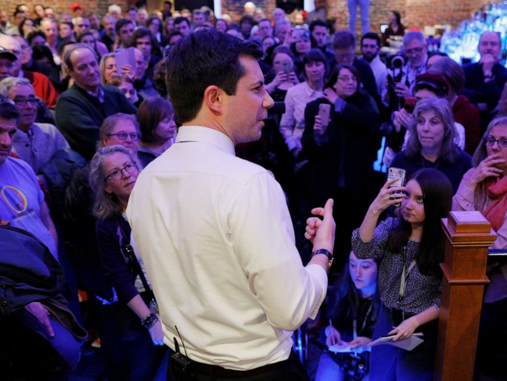 PHOTO: South Bend Mayor Pete Buttigieg speaks during a campaign stop at Portsmouth Gas Light in Portsmouth, N.H., March 8, 2019.
