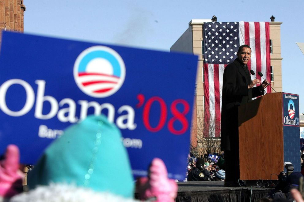 PHOTO: Senator Barack Obama (D-IL) speaks to a crowd gathered on the lawn of the old State Capital Building, Feb. 10, 2007, in Springfield, Ill. Obama announced to the crowd that he would seek the Democratic nomination for President.