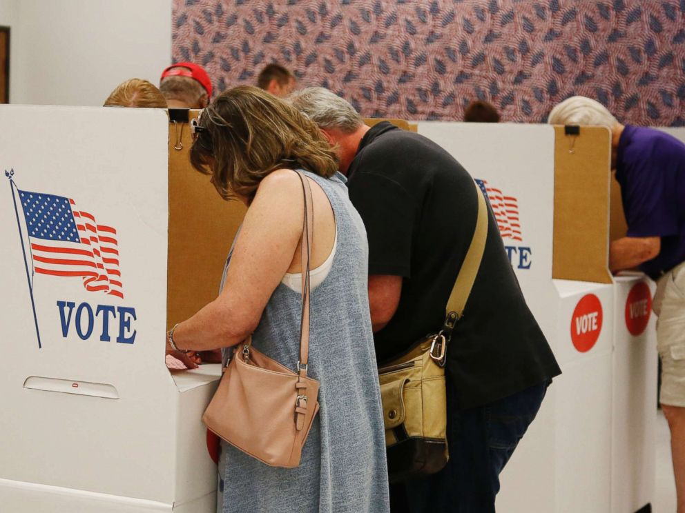 PHOTO: People vote early at the Oklahoma County Board of Elections, June 21, 2018, in Oklahoma City.