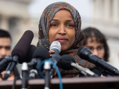 Omar apologizes after Democratic leaders criticize her 'anti-Semitic comments'