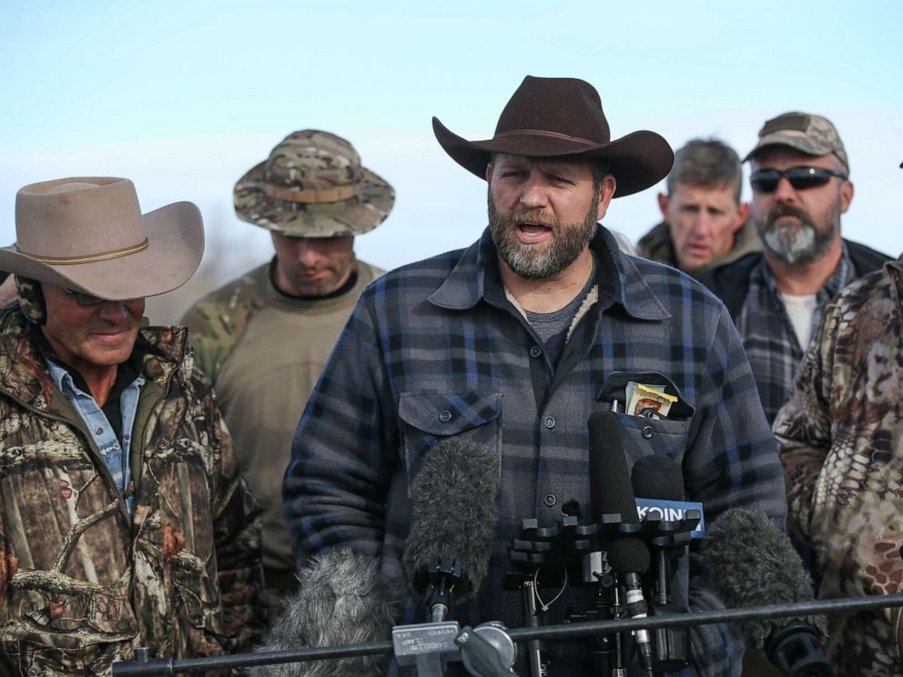 PHOTO: Ammon Bundy, the leader of an anti-government militia, speaks to members of the media in front of the Malheur National Wildlife Refuge Headquarters on January 6, 2016, near Burns, Oregon.