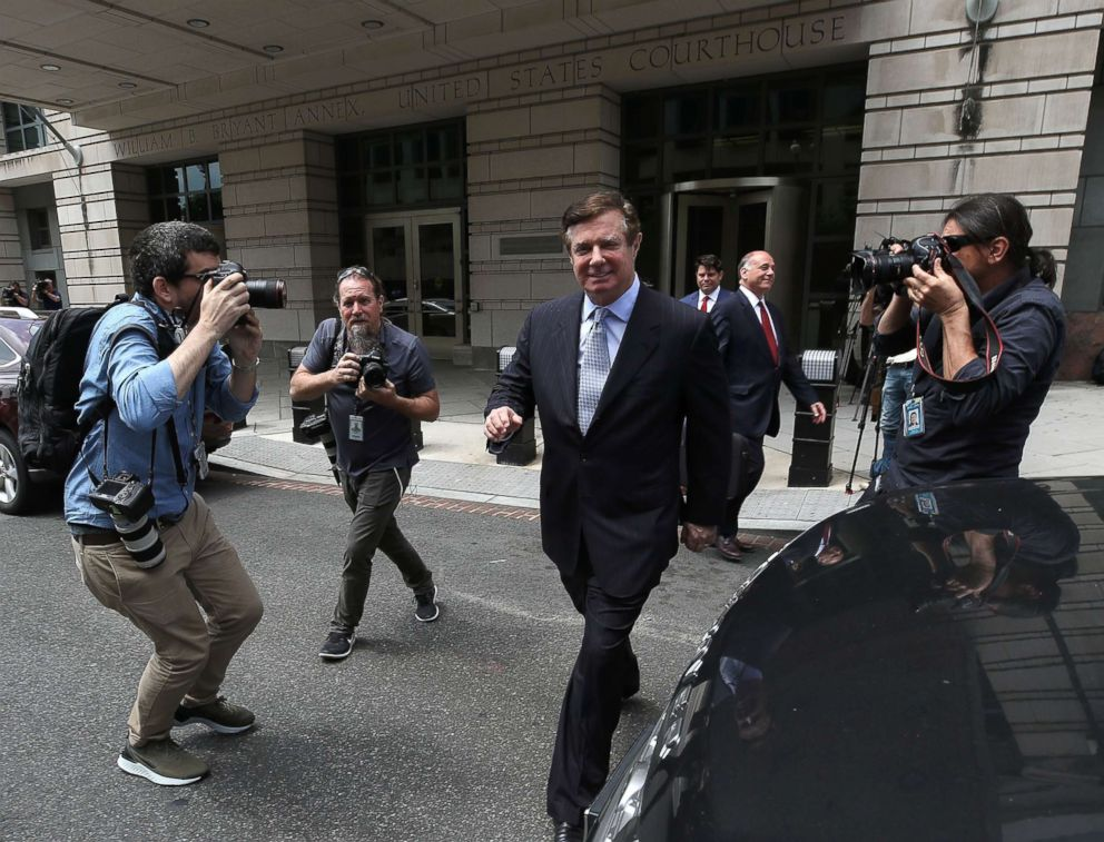 PHOTO: Former Trump campaign manager Paul Manafort leaves the E. Barrett Prettyman U.S. Courthouse after a hearing, May 23, 2018, in Washington, DC.