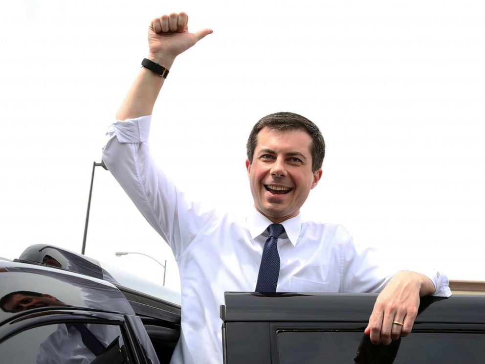 PHOTO: South Bend, Ind. Mayor Pete Buttigieg flashes a thumbs-up as he prepares to depart after speaking at a meet and greet event at MadHouse Coffee on Monday, April 8, 2019, in Las Vegas. (Bizuayehu Tesfaye/Las Vegas Review-Journal via AP)