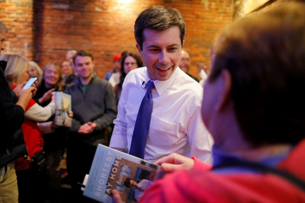 PHOTO: Democratic 2020 U.S. presidential candidate and South Bend Mayor Pete Buttigieg greets voters during a campaign stop at Portsmouth Gas Light in Portsmouth, New Hampshire, March 8, 2019.