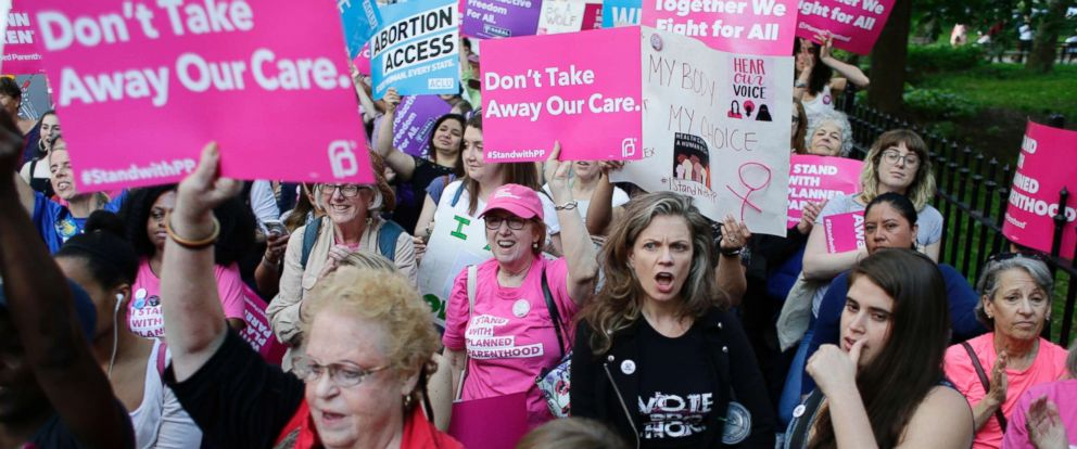 PHOTO: Supporters of Planned Parenthood react to speakers at a rally, May 24, 2018, in New York.