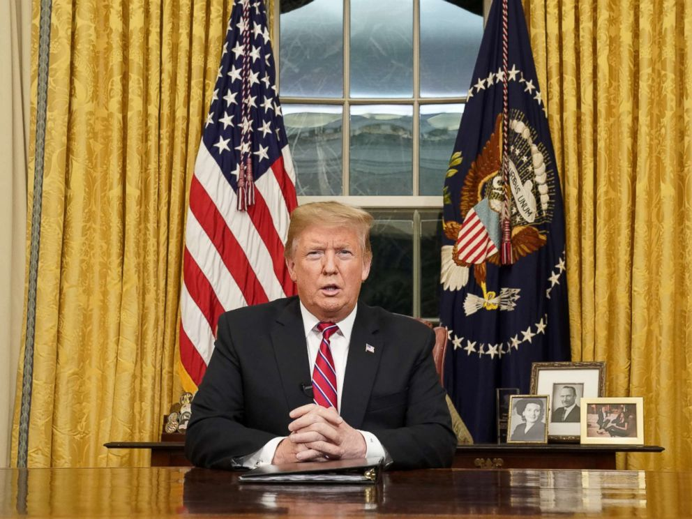 PHOTO: President Donald Trump delivera televised address to the nation from his desk in the Oval Office about immigration and the southern U.S. border at the White House in Washington, Jan. 8, 2019.