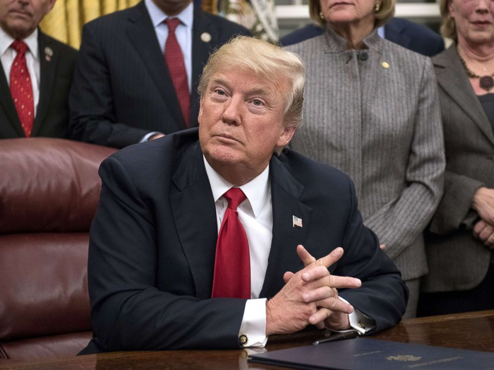 PHOTO: President Donald Trump makes remarks in the Oval Office prior to signing the bipartisan Interdict Act, a bill to stop the flow of opioids into the United States, Jan. 10, 2018, in Washington.