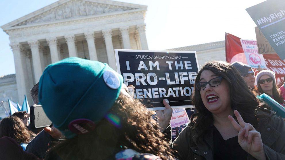 Mississippi asks Supreme Court to overturn Roe v. Wade