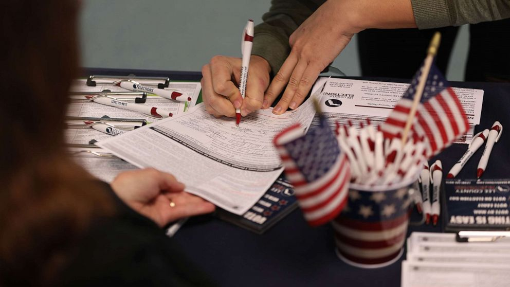 Texas Democrats launch largest voter registration campaign to...