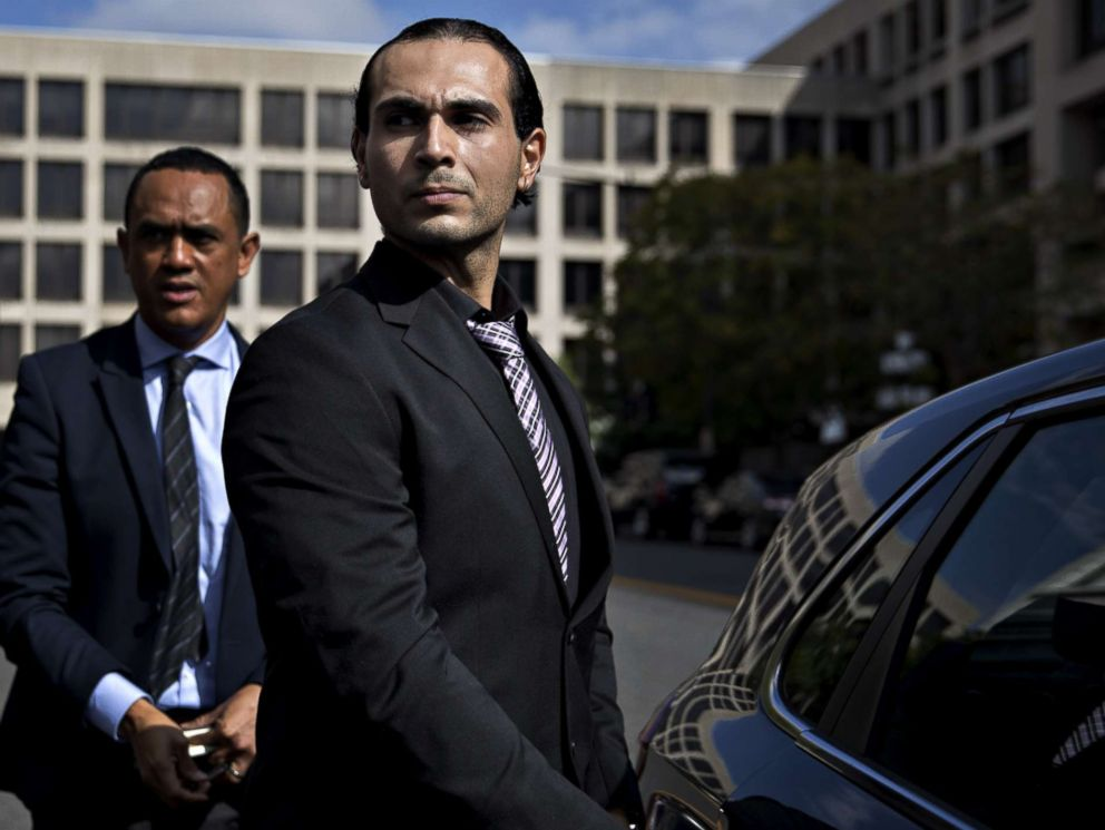 PHOTO: Richard Pinedo of Santa Paula, Calif., gets into a vehicle outside federal court after sentencing in Washington, D.C., Oct. 10, 2018.