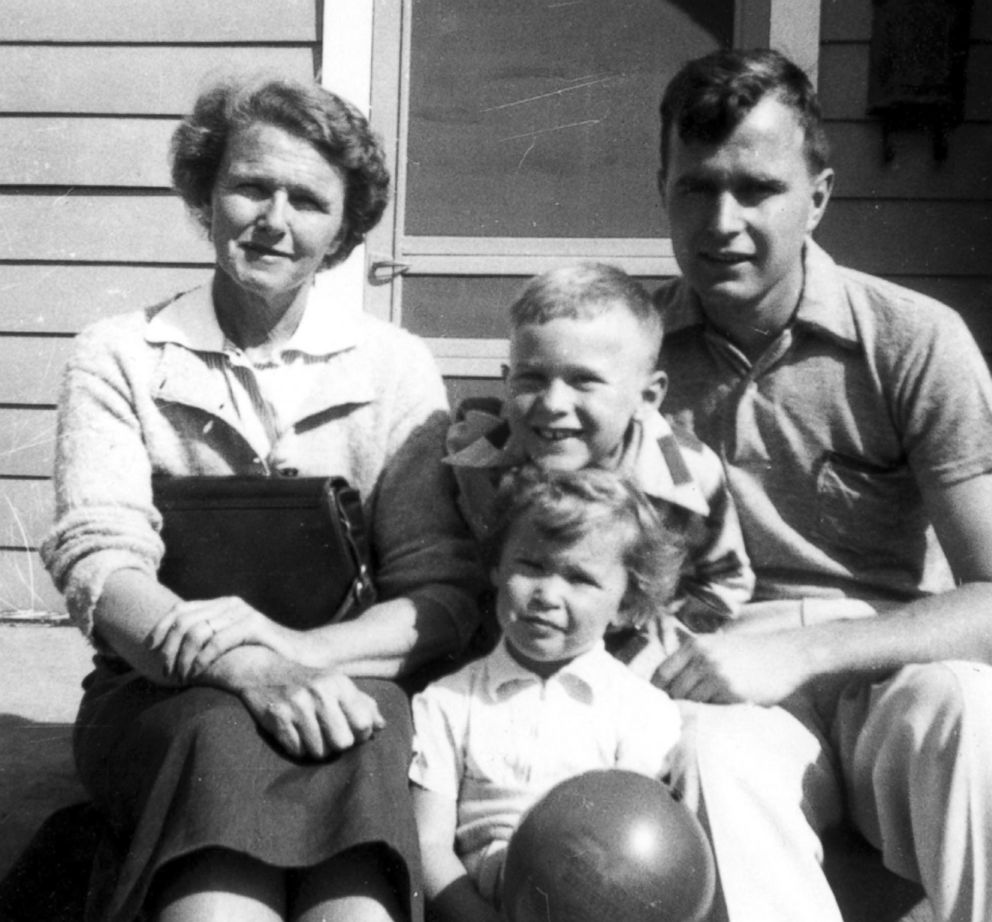 Dorothy Walker Bush with her son, George H. W. Bush, and grandchildren, George W. and Robin Bush.April 1953.(George Bush PL/Polaris)
