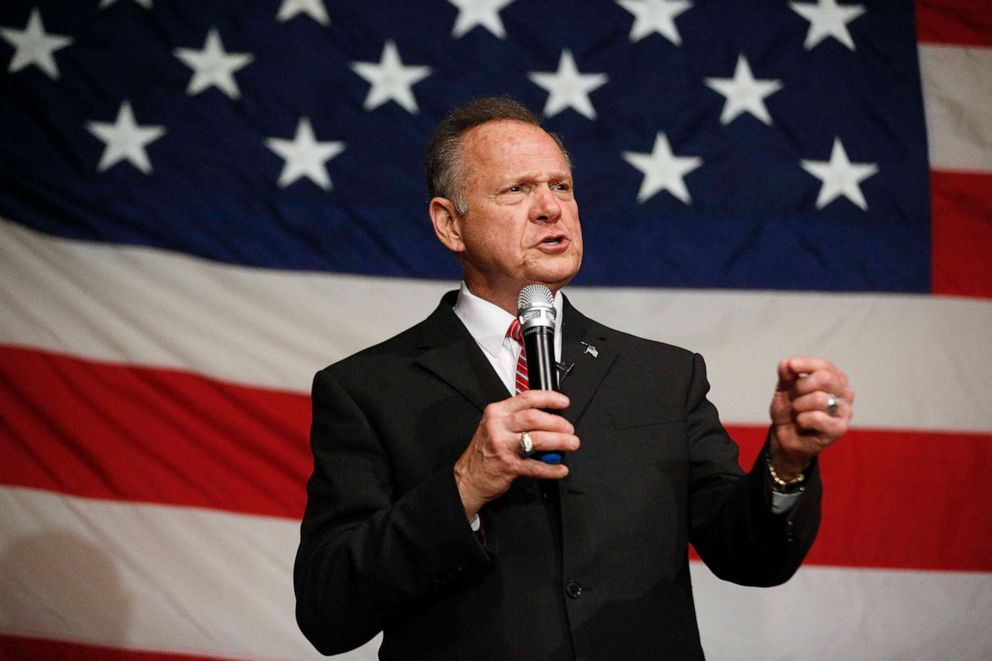 PHOTO: Former Alabama Chief Justice and U.S. Senate candidate Roy Moore speaks at a campaign rally, Dec. 5, 2017, in Fairhope, Ala.