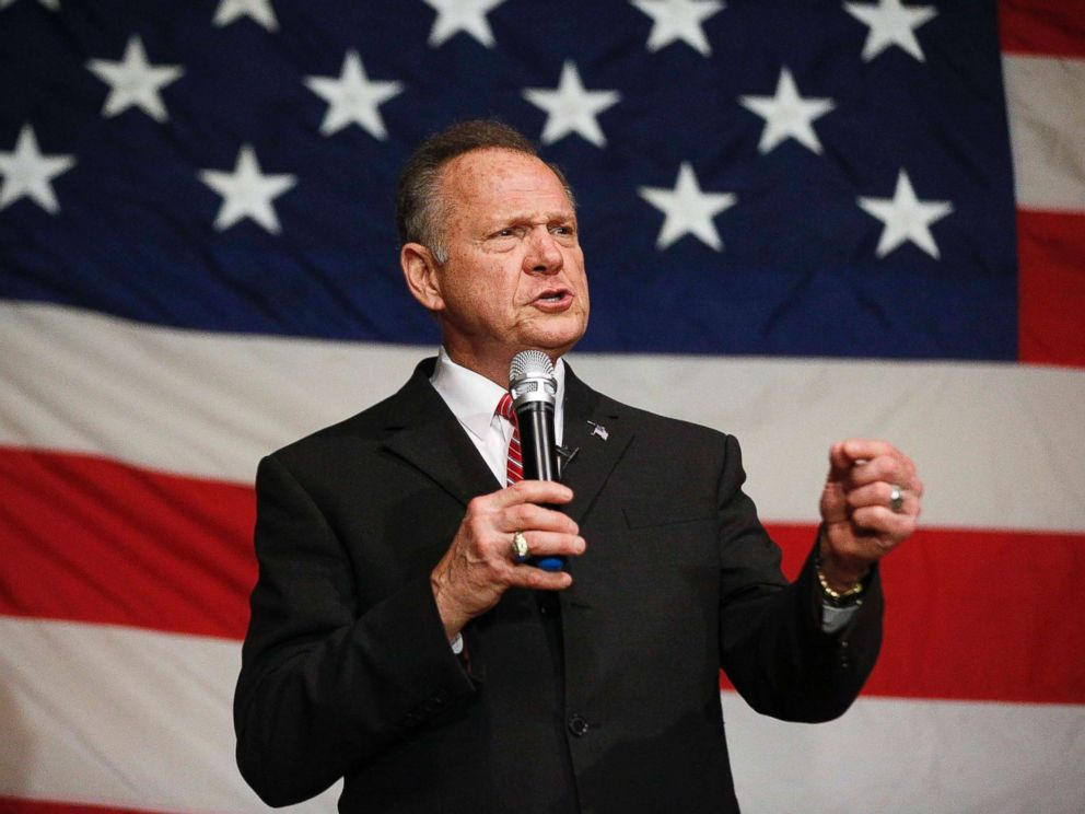 PHOTO: U.S. Senate candidate Roy Moore speaks at a campaign rally, Dec. 5, 2017, in Fairhope, Ala.