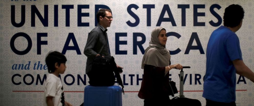 PHOTO: International passengers arrive at Washington Dulles International Airport in Dulles, Va., June 26, 2017.