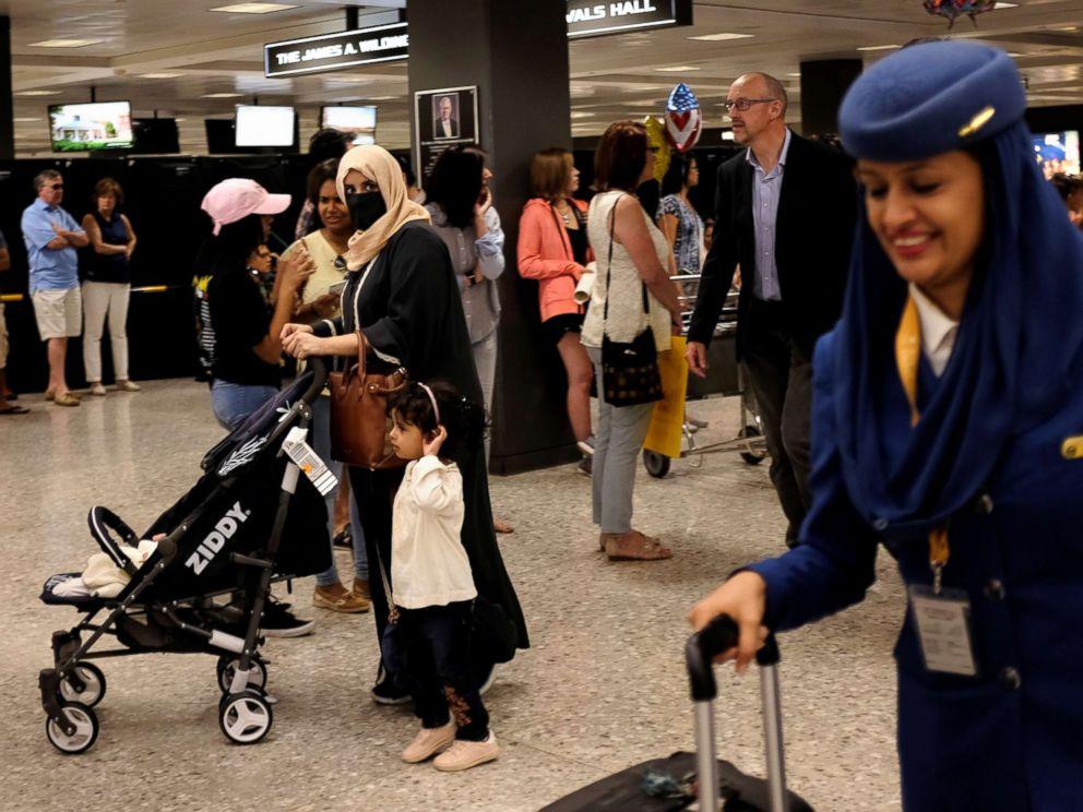 PHOTO: Passengers and crew arrive from Riyadh, Saudi Arabia, at Washington Dulles International Airport, in Dulles, Va., June 26, 2017.