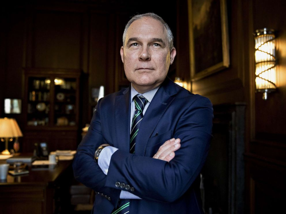 PHOTO: Scott Pruitt, administrator of the Environmental Protection Agency (EPA), stands for a photograph after an interview in his office at the EPA headquarters in Washington, Oct. 25, 2017.