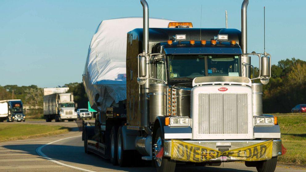 Heavy Duty Truck >> Epa Announces Plans To Reduce Pollution From Heavy Duty Trucks Abc