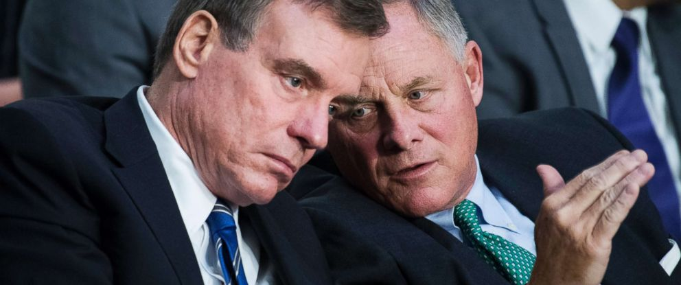 PHOTO: Chairman Richard Burr, right, and Vice Chairman Mark Warner, conduct a Senate Select Intelligence Committee hearing, Aug, 1, 2018.