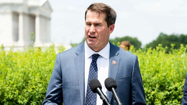 Presidential candidate Seth Moulton says time for impeachment hearings is now