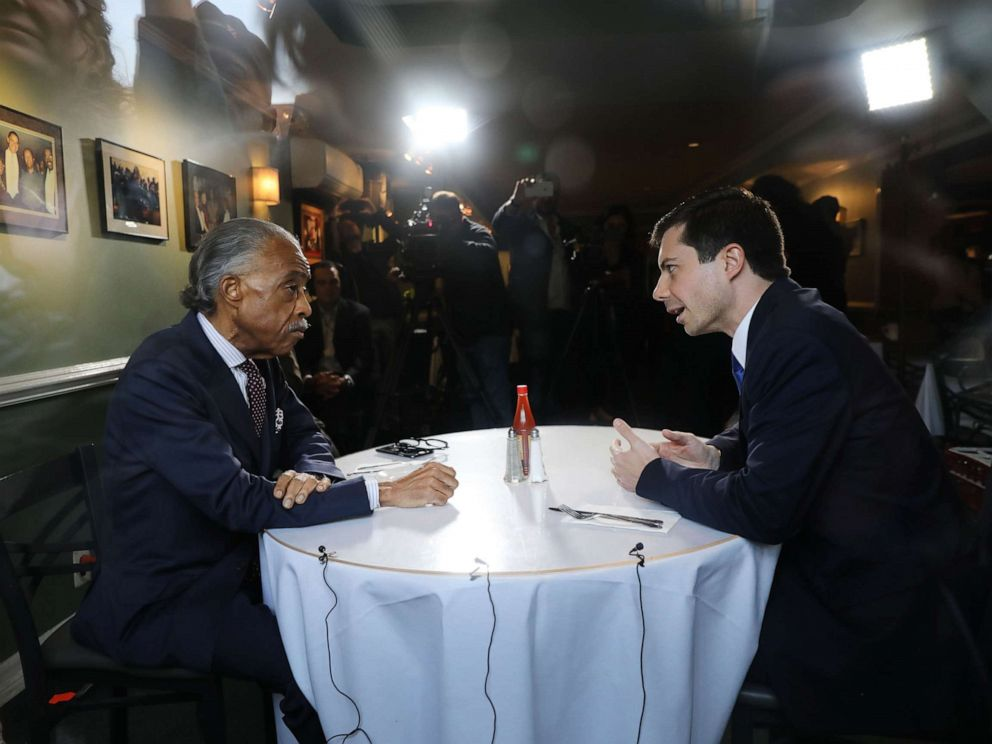 PHOTO: Democratic presidential candidate and South Bend, Indiana, Mayor Pete Buttigieg meets with Reverend Al Sharpton for lunch at famed Sylvias Restaurant in Harlem, April 29, 2019 in New York City.