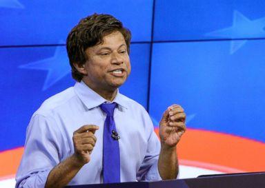 PHOTO: Michigan Democratic gubernatorial candidate Shri Thanedar gestures during a debate in Grand Rapids, Mich., June 20, 2018.