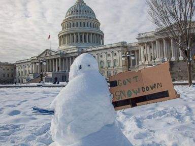 Damage inflicted by shutdown shaves off projected US economic growth on Day 26