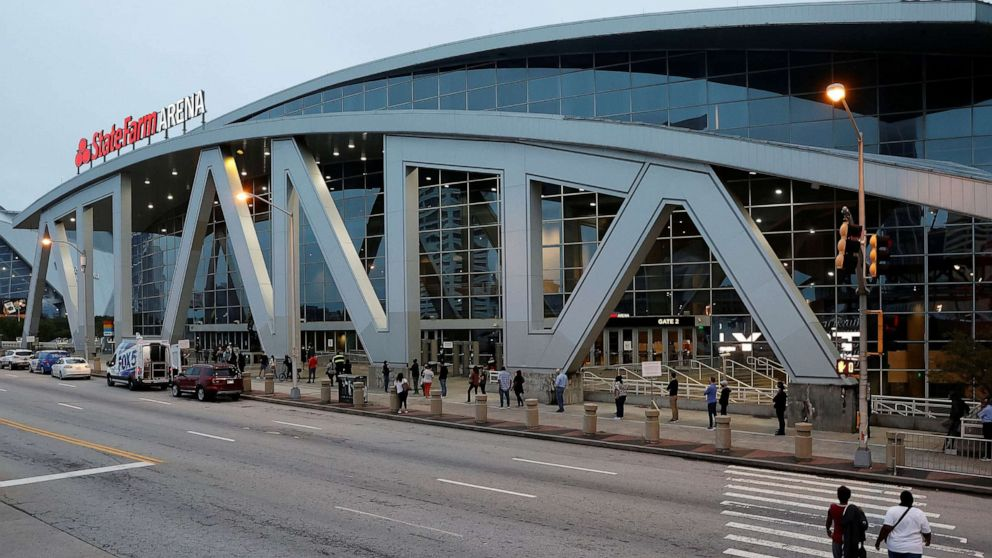 Pipe bursts in Atlanta arena causing 4-hour delay in processing ballots