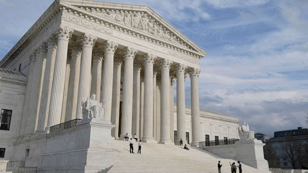 Supreme Court to decide on workplace discrimination against LGBT people
