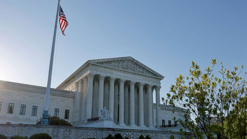 Supreme Court Sides With Undocumented Guatemalan Immigrant Fighting Deportation