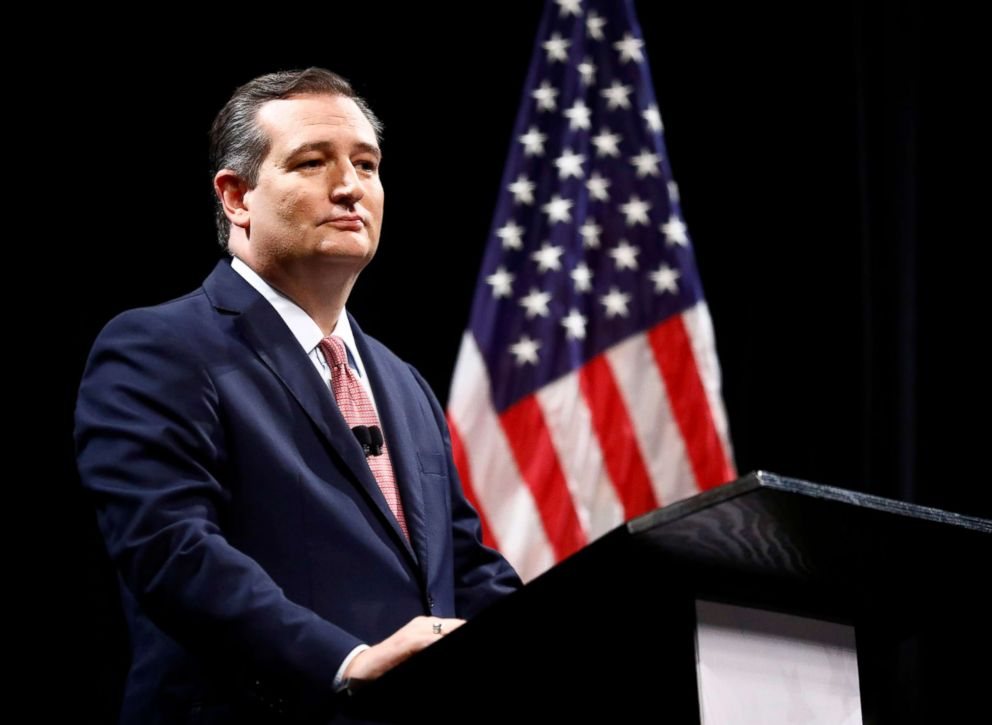 PHOTO: Sen. Ted Cruz takes part in a debate for the Texas U.S. Senate with Democratic Rep. Beto ORourke, in Dallas, Sept. 21, 2018.