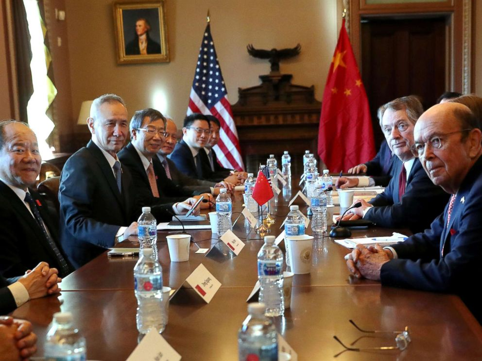PHOTO: U.S. Trade Representative Robert Lighthizer speaks across from Chinas Vice Premier Liu He during the opening of U.S.-China Trade Talks in the Eisenhower Executive Office Building at the White House in Washington, Jan.30, 2019.