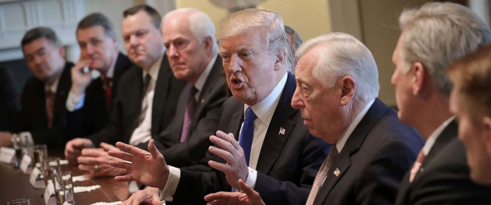 PHOTO: President Donald Trump (C) presides over a meeting about immigration with Republican and Democrat members of Congress, Jan. 9, 2018, in Washington.