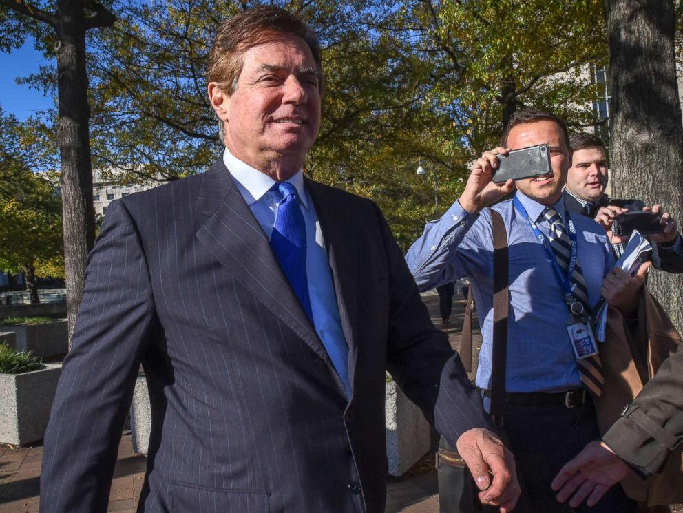 PHOTO: President Trumps former campaign manager Paul Manafort, departs U.S. District Court on Oct., 30, 2017 in Washington, D.C.