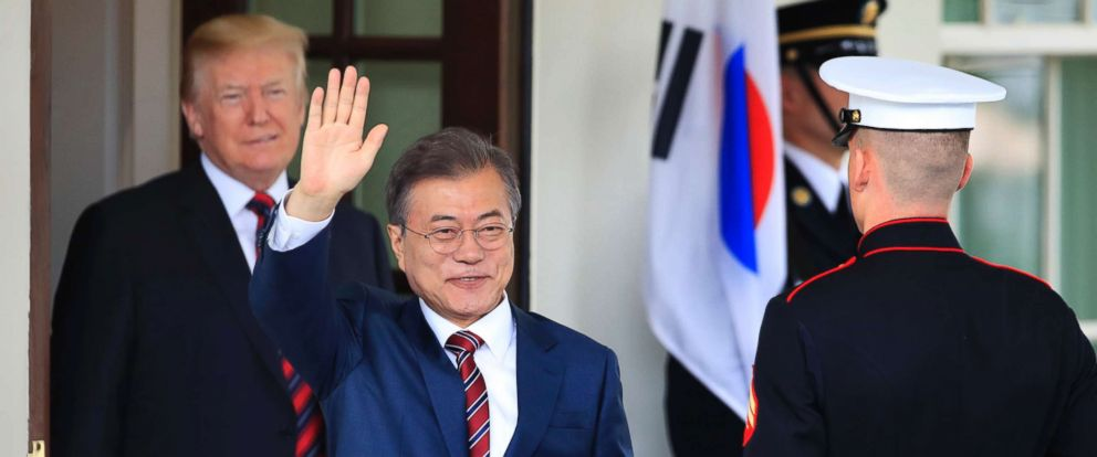 PHOTO: South Korean President Moon Jae-in, waves as he is welcomed by President Donald Trump to the White Housel in Washington, May 22, 2018.