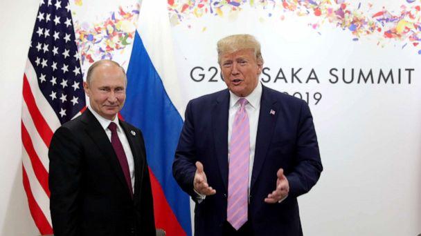 Trump blasts 'fake news' in front of Putin at G-20 summit