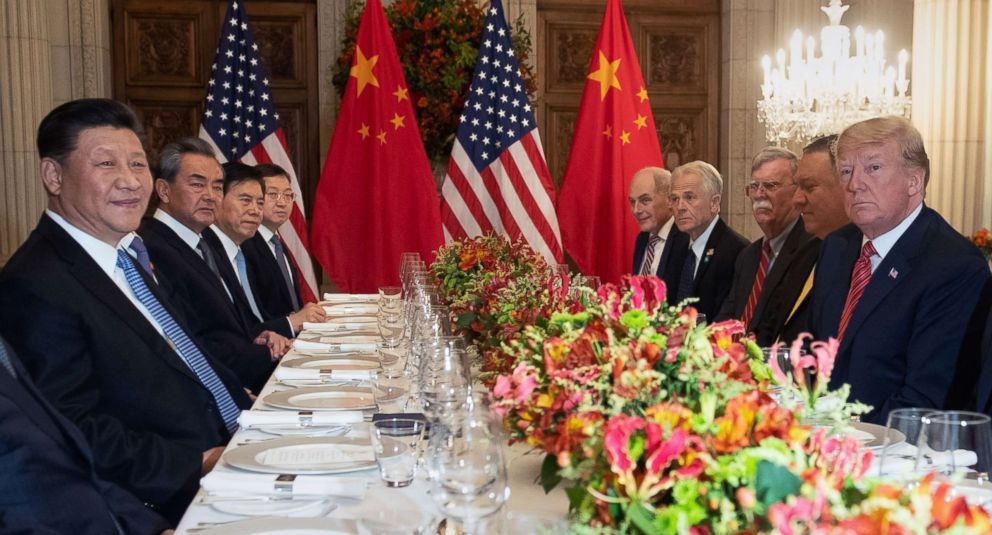 PHOTO: President Donald Trump, right, has dinner with Chinas President Xi Jinping, left and members of their delegation at the end of the G20 Leaders Summit in Buenos Aires, Argentina, Dec. 01, 2018.