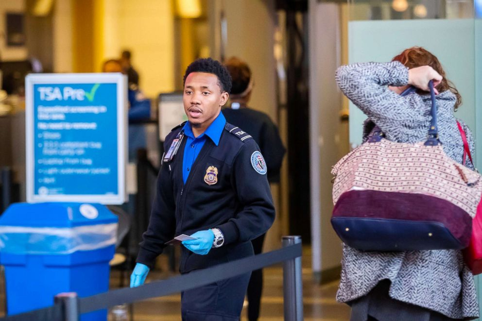 What Air Travelers Should Know About the Government Shutdown 8 January 2019