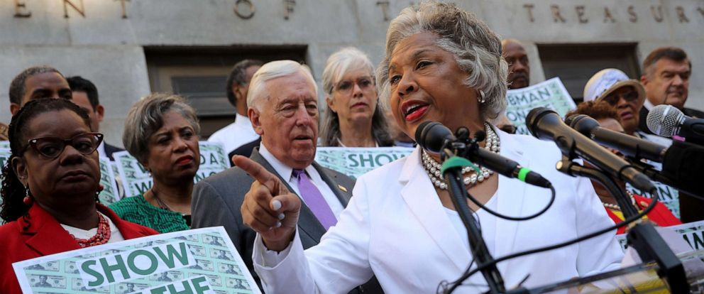 PHOTO: Rep. Joyce Beatty leads a rally with fellow House Democrats to demand that American abolitionist heroine Harriet Tubmans image be put on the $20 bill outside the U.S. Treasury Department, June 27, 2019, in Washington.