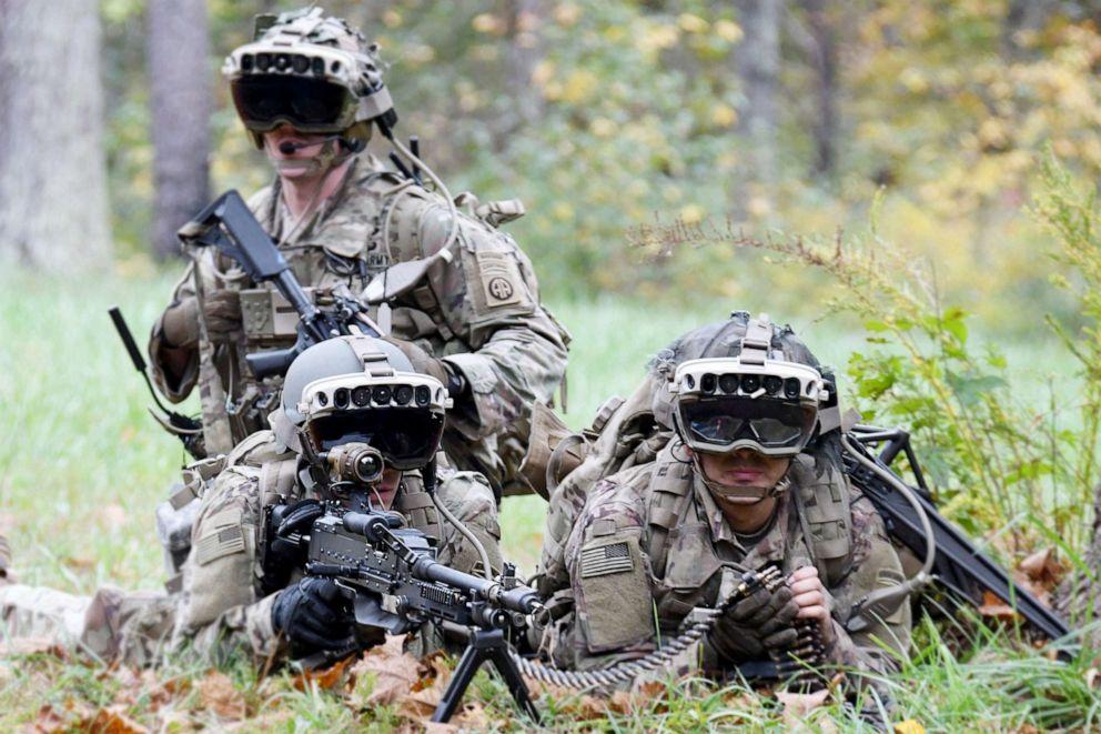 Army awards Microsoft $22 billion contract for futuristic goggles - ABC News
