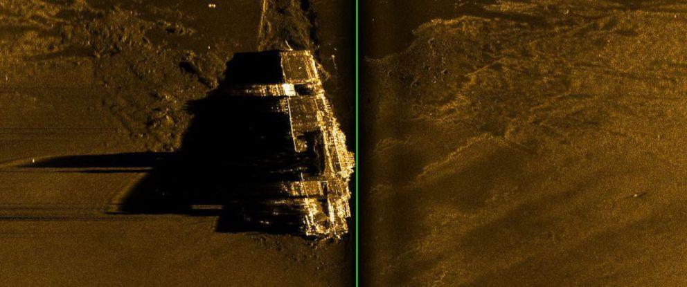 PHOTO: A sonar image of the sunken World War II aircraft carrier USS Hornet, which sank after the Battle of Santa Cruz Island, Oct. 26, 1943.