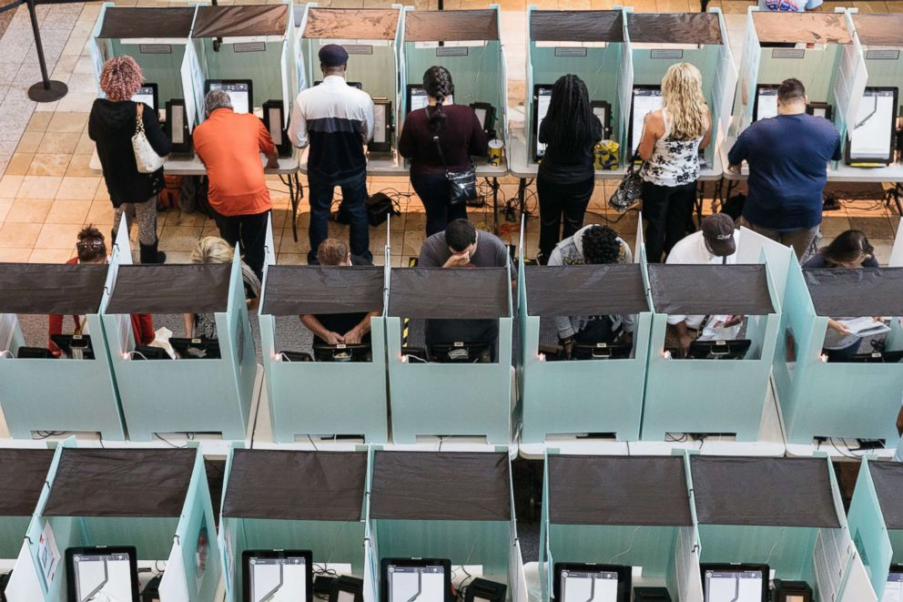 PHOTO: Voters cast their ballots during the midterm elections at the Galleria Mall in Las Vegas, Nev., Nov. 6, 2018.