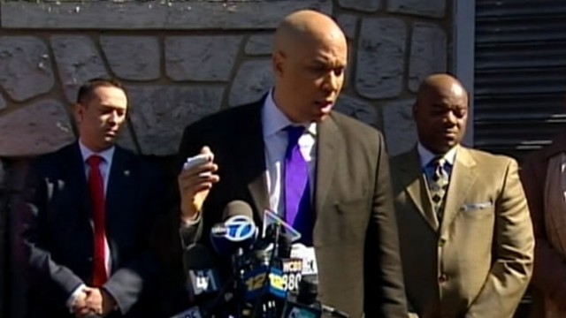 VIDEO: Mayor Cory Booker posted a photo of his grocery bill to show what hell be eating.