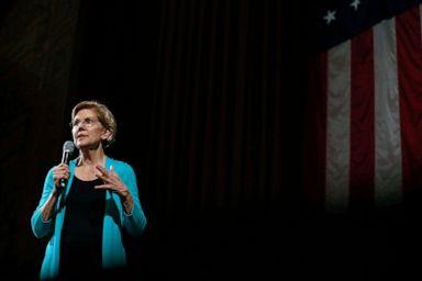 PHOTO: Democratic presidential candidate Sen. Elizabeth Warren, D-Mass., speaks during a Chicago Town Hall, June 28, 2019.