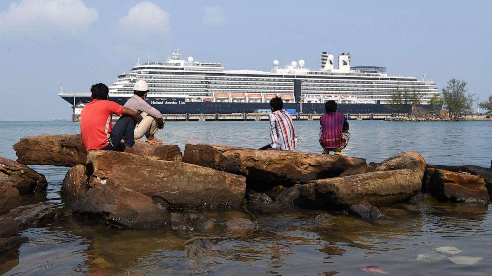 Plane evacuating cruise passengers re-routed after Turkey denies landing permission amid novel coronavirus fears