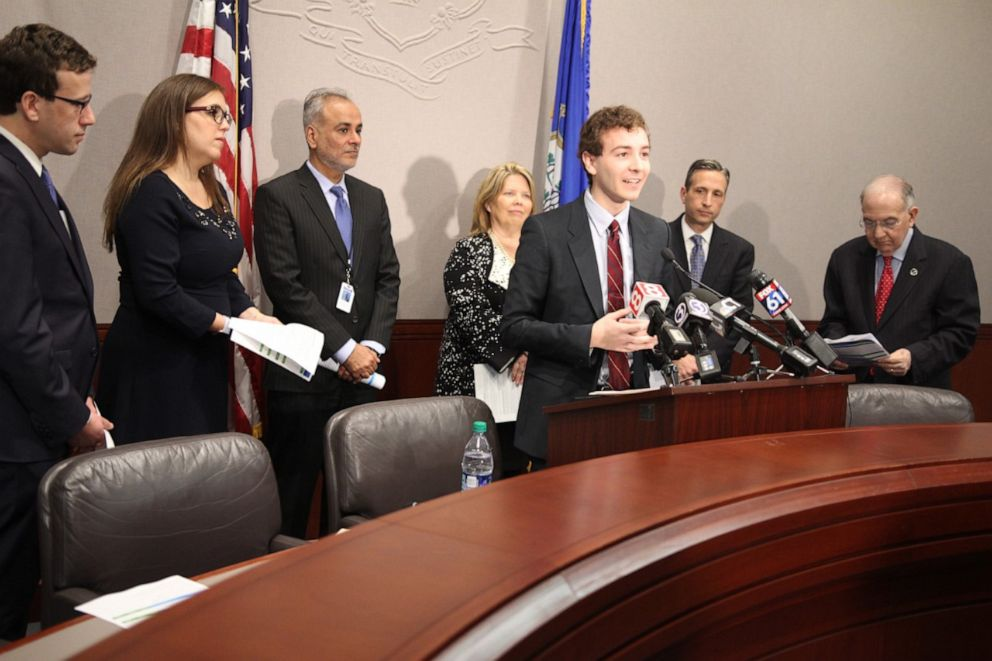 PHOTO: Will Haskell gives a press conference in the Connecticut senate.