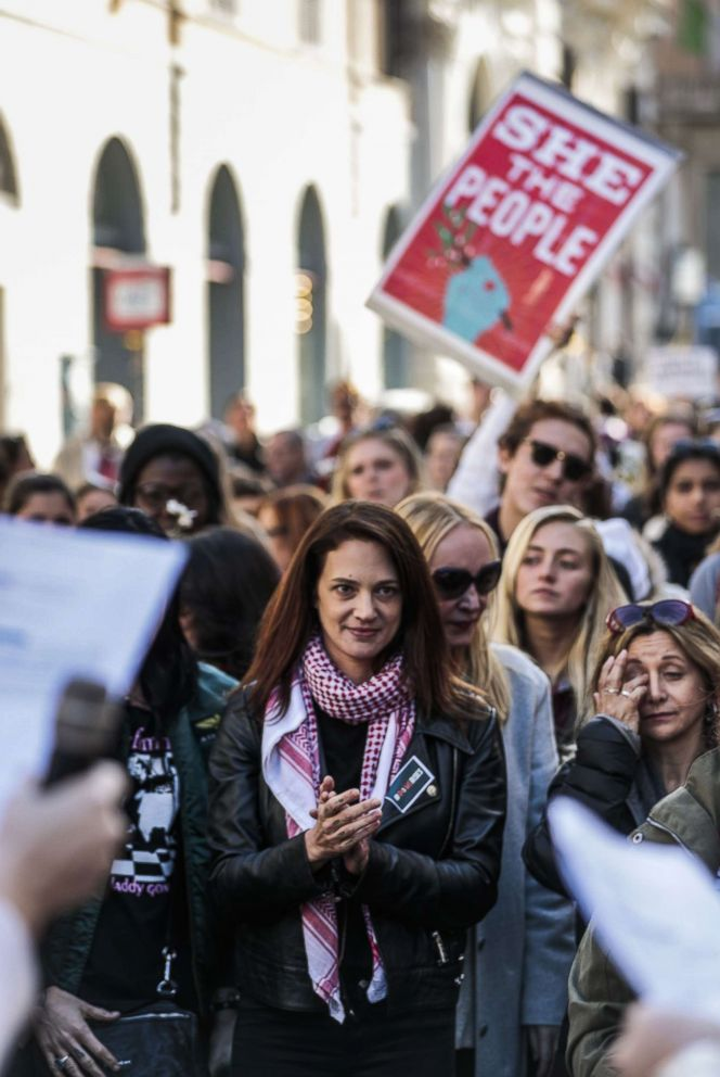 PHOTO: Asia Argento takes part in the Womens March 2018, with her daughter Anna Lou Castoldi, in Rome, Jan. 20, 2018.