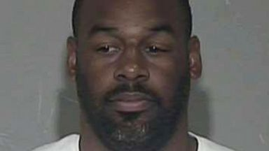 PHOTO: In a booking photograph provided by the Maricopa County Sheriffs Office on April 17, 2014, former NFL quarterback Donovan McNabb is pictured.