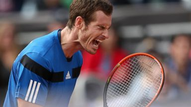 PHOTO: Andy Murray of Great Britain celebrates breaking serve in the fourth set against Sam Querrey, Feb. 2, 2014 in San Diego, Calif.